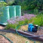 Оборудование для полива огорода из бочки: как правильно выбрать насос?